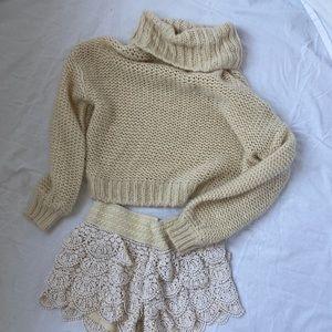 Billabong cream knit crop turtleneck sweater